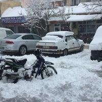 Photo taken at Çınaraltı Lapseki by Yunus Ö. on 12/31/2016