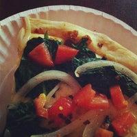 Photo prise au New York Pizza Suprema par Jeremy L. le10/26/2012