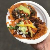 Снимок сделан в Los Tacos No. 1 пользователем Jeff W. 5/3/2018