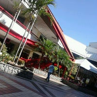 Photo taken at Barra Garden Shopping by Rodrigo R. on 4/16/2013