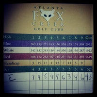 Photo taken at Fox Creek Golf Course and Driving Range by Ernesto D. on 10/21/2012
