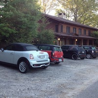 Photo taken at Blue Waters Mountain Lodge by Sue N. on 5/4/2014