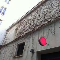 Das Foto wurde bei Centre Culturel Suisse von Emi A. am 12/11/2012 aufgenommen