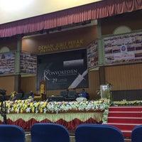 3/9/2016에 Hairil F.님이 Dewan Jubli Perak Politeknik Kota Bharu에서 찍은 사진