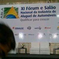 Photo taken at ABLA - Xl Fórum e Salão Nacional da Indústria de Aluguel de Automóveis by Eladio P. on 9/18/2013
