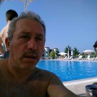 Photo taken at Social Park Poolside by Hakkı Ç. on 8/11/2014