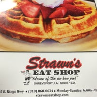 Photo taken at Strawn's Eat Shop by Bobby F. on 3/10/2015