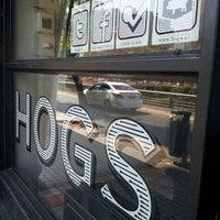 Photo taken at Hogs by Gonzalo M. on 3/21/2013