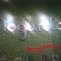 Photo taken at Yogurtland by Glenn N. on 6/18/2013