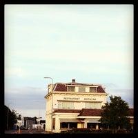 Photo taken at Van der Valk Hotel Avifauna by Hernan Fellipe C. on 8/14/2013