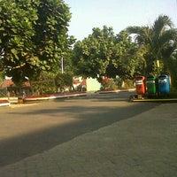 Photo taken at SMA Negeri 2 Bandar Lampung by Intan P. on 9/16/2012