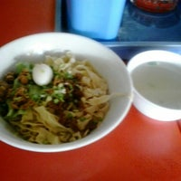 Photo taken at Bakmi Ayam & Chinese Food AKAI by Joy I. on 1/1/2015