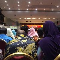 Photo taken at Dewan Besar Universiti Putra Malaysia by jepp on 11/7/2017