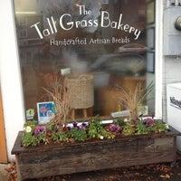 Foto tirada no(a) Tall Grass Bakery por Jeff H. em 12/6/2012