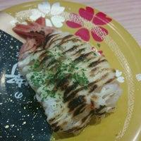 Photo taken at 廻転寿司 にぎりの徳兵衛 イオンモール京都桂川店 by beeeeetleman on 10/5/2016