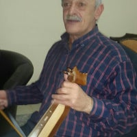 Photo taken at Trabzon Büyükliman ve Çevresi Kültür  Yardımlaşma Derneği by Halim K. on 11/27/2015
