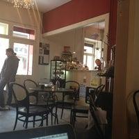 Das Foto wurde bei Café Noir von Joel B. am 2/11/2013 aufgenommen