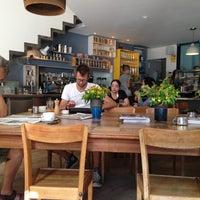 Foto tomada en Federal Café por Minixuu el 7/9/2013