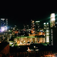 """Photo prise au Upstairs Rooftop Lounge at Ace Hotel par Denise """"Niecee"""" G. le1/17/2014"""