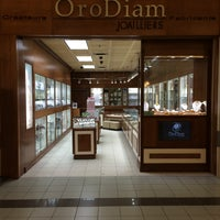 Photo taken at OroDiam Joailliers by OroDiam Joailliers on 1/10/2016