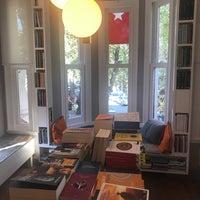 Photo taken at Nail Kitabevi & Kafe by Esra O. on 11/2/2017