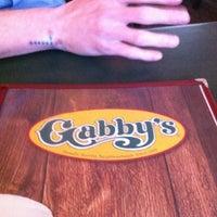 Foto tomada en Gabby's por James V. el 3/20/2013
