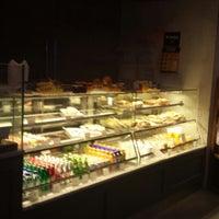 Photo taken at Caffé Bene by Alston G. on 7/19/2013