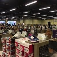 Photo taken at DSW Designer Shoe Warehouse by Lena K. on 9/15/2016