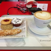 Photo taken at ESPRESSAMENTE ILLY by The J. on 12/31/2012