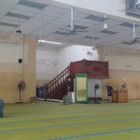 Photo taken at Masjid As-Salam by Shahrizam A. on 8/6/2014