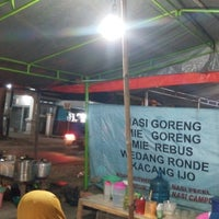 Photo taken at Wedang Ronde Cepu Taman Seribu Lampu by Fhirman K. on 8/4/2014