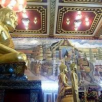 Photo taken at วัดศรีทวี by sirapat p. on 12/31/2012