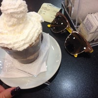 Photo taken at Café Do Ponto by Andrea Z. on 9/7/2014