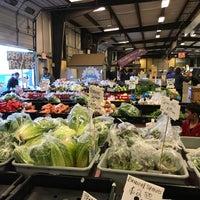 Foto tomada en Charlotte Regional Farmer's Market por Raj K. el 1/20/2018