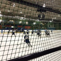 Photo taken at Oxford Ice Rink by Ysé S. on 11/29/2014