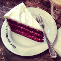 Photo taken at The Coffee Bean & Tea Leaf by Marcus H. on 6/21/2013
