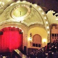 Das Foto wurde bei Moore Theatre von Michael E. am 11/18/2012 aufgenommen