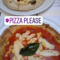 """8/31/2017 tarihinde Vassilina A.ziyaretçi tarafından """"Pizza Please""""'de çekilen fotoğraf"""