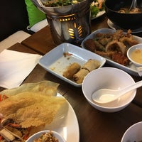 Photo taken at Eat Viet by Imm A. on 4/13/2017