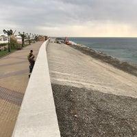Снимок сделан в Пляж Олимпийского парка пользователем Dmitry N. 11/6/2017