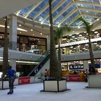 Photo taken at Manaíra Shopping by Arllyn M. on 2/23/2013