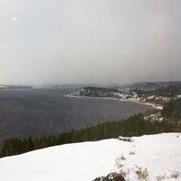 Foto tirada no(a) Auberge La Tourelle du Fjord por Maxime S. em 11/12/2013