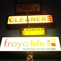 Photo taken at FroyoLife by Alano T. on 10/4/2012