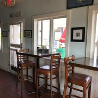 Photo taken at Bayside Clam Bar & Grill by Jeffrey D. on 7/19/2017