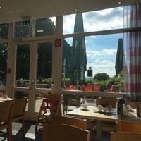 Das Foto wurde bei Park Inn by Radisson Bielefeld von Joel C. am 8/15/2016 aufgenommen