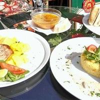 Photo taken at Pizzeria Galera by Nešo P. on 8/8/2014
