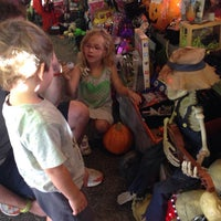 Photo taken at Piedmont Avenue Pumpkin Patch & Haunted House by Ingrid V. on 10/11/2014