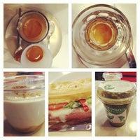 Foto tirada no(a) Tamp & Pull Espresso Bar por Lilla J. em 1/12/2013