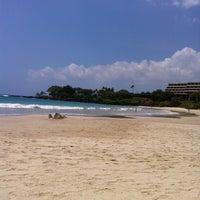 Das Foto wurde bei Mauna Kea Beach von Noriko F. am 4/30/2013 aufgenommen