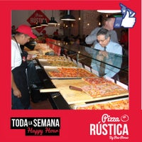 Foto tomada en Pizza Rústica por Pizza Rústica México el 8/5/2014